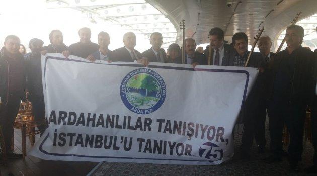 ARDAFED BU KEZ ARDAHANLILARA İSTANBUL'U TANITIYOR! Ardahanlılar Vapuru Doldurdular..