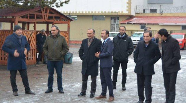 Ardahan Belediye Başkanı Kiralık Ev Arıyor!
