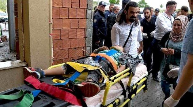 Ardahan-Hanak Yolunda Kaza 8 Yaralı 1 Ölü!