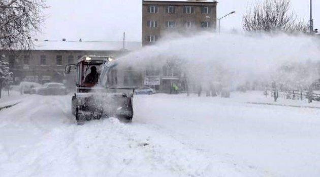 Ardahan'da kar kalınlığı 30 santimetreye ulaştı..