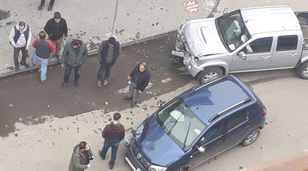 Corona Kazası 3 Araç Pert!..