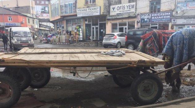 Kovid-19 Ardahan'da Meydanları da Kapattı!..