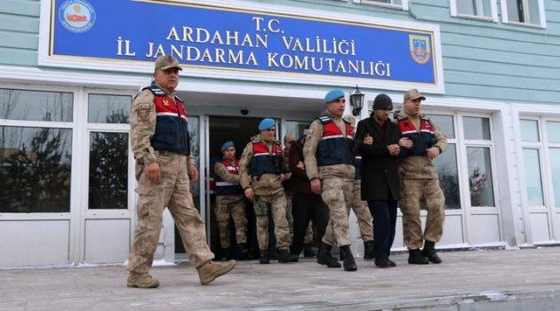 Küpe'de 44 Kişi Tutuklandı! Kaldı Kulak mı?