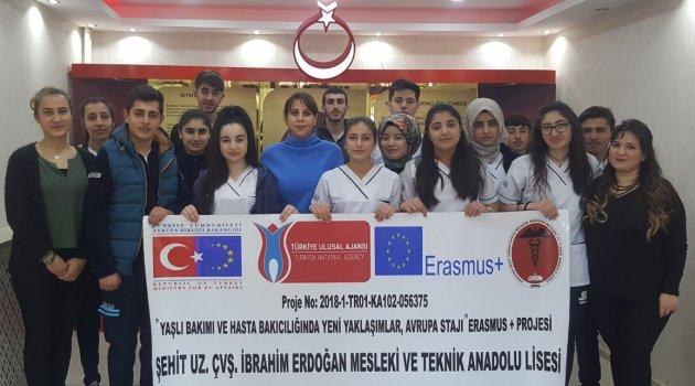 SAĞLIK MESLEK LİSESİ YENİDEN AVRUPA'DA..