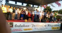 5 günde 500 bin ziyaretçi alan Bal Festivali Bal Gibi Sona Erdi..