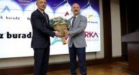 Köy yolları asfaltlanırken, İlçe yolları yine bitmedi..