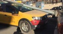 Elektrik Direği Taksiye Bindi!