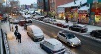 Kar ve Trafik Caddeleri Boğuyor..